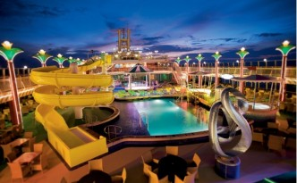 NCL Pearl Waterpark Image courtesy of NCL