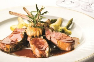 Silversea Cruises fine dining.  Image courtesy of Silversea.